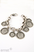 20 cm metal-link-chain-bracelet with  big and  smaller coin-pendants