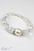 18cm elastic bracelet with graduating white pearls, crystal facetted beads, white cateye bead and crystal rhinestone rondlles, nickel tested